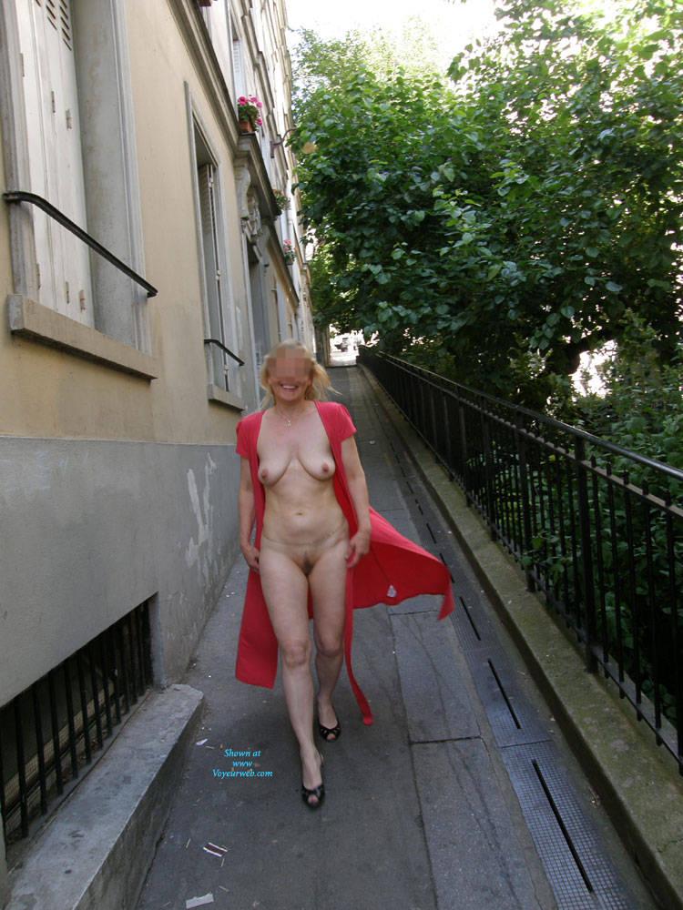 Pic #9 Rue du Chevalier de La Barre - Big Tits, Public Exhibitionist, Flashing, Outdoors, Public Place, Amateur
