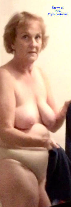 Pic #3 After Work - Topless Amateurs, Big Tits, Mature