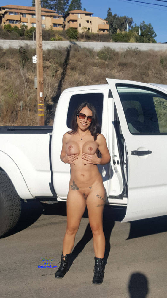 Pic #1 Sunday - Nude Girls, Big Tits, Brunette, Outdoors, Amateur