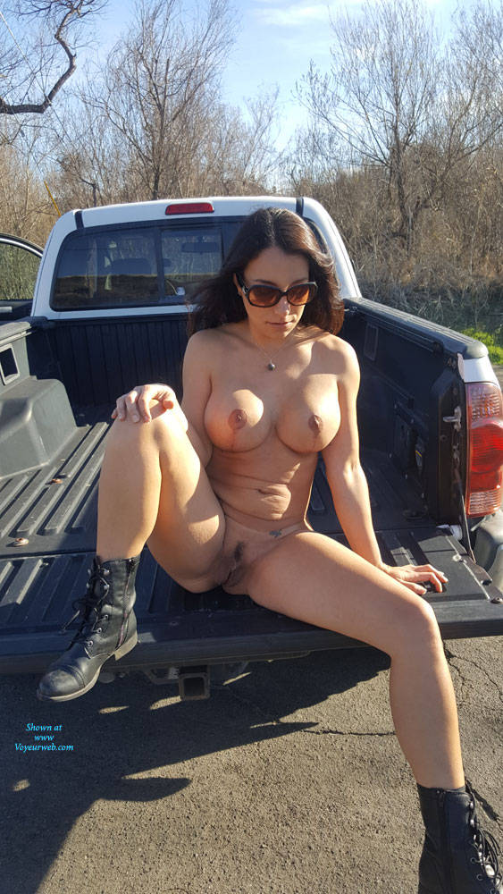 Pic #9 Sunday - Nude Girls, Big Tits, Brunette, Outdoors, Amateur