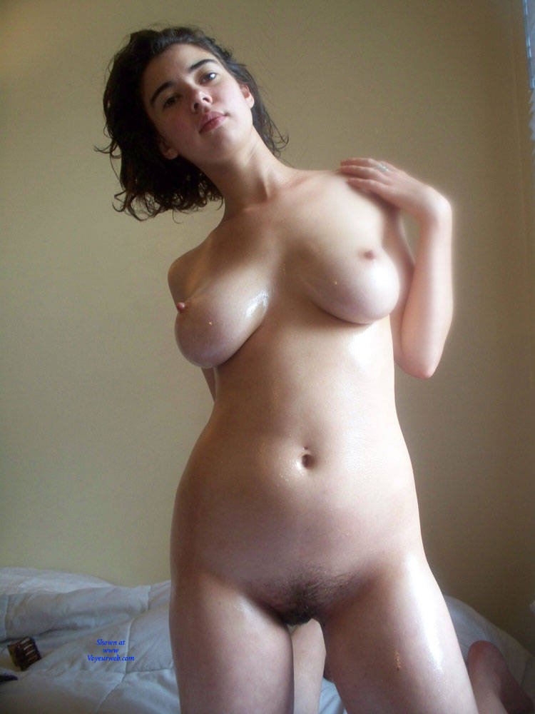 Pic #2 More Mira - Nude Girls, Big Tits, Brunette, Bush Or Hairy, Amateur