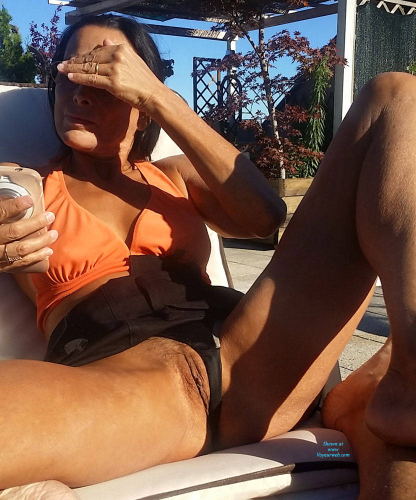 Pic #6 Eva Reminder - Big Tits, Brunette, Outdoors, Amateur