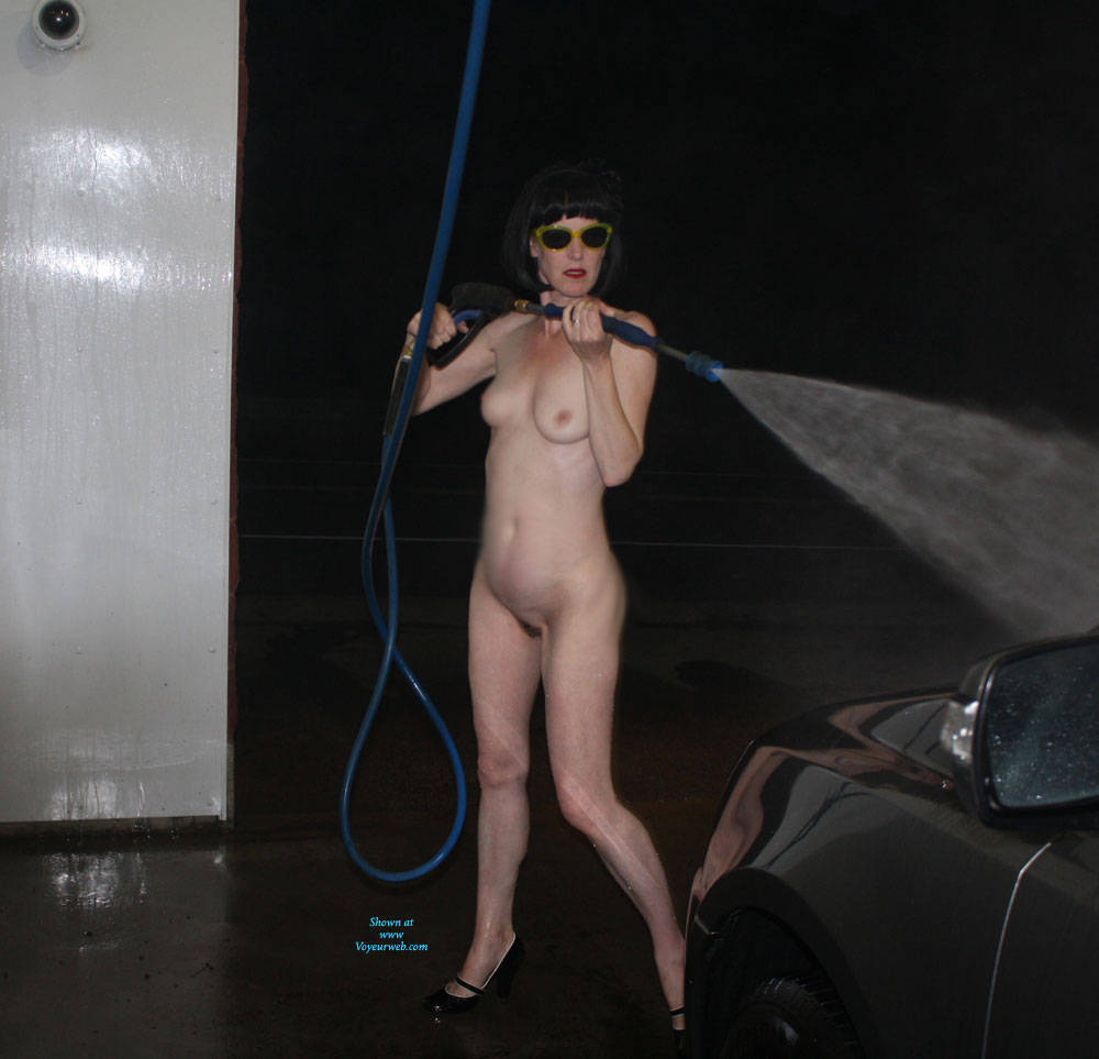 yummy car wash girl - february, 2018 - voyeur web hall of fame