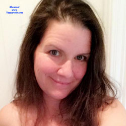 Milf Sends Nudes - Big Tits, Brunette, Amateur