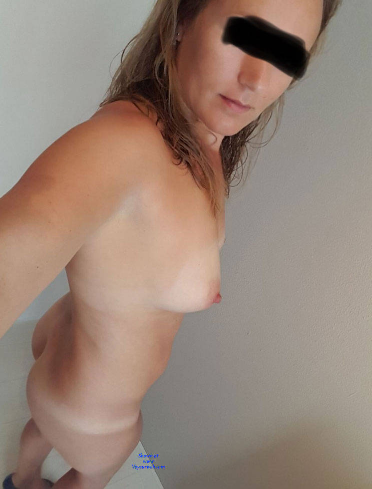 Pic #3 Almost 40 Year Old MILF - Nude Girls, Amateur