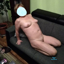 In The Living Room - Nude Wives, Amateur