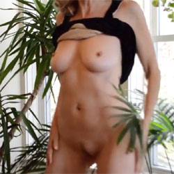 Zeena Is Sexy In Black - Big Tits, Bush Or Hairy, Amateur