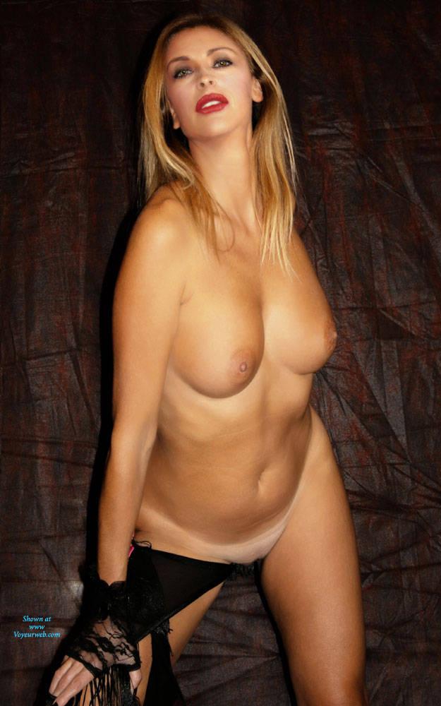 Pic #5 Photoshoot - Big Tits, Amateur