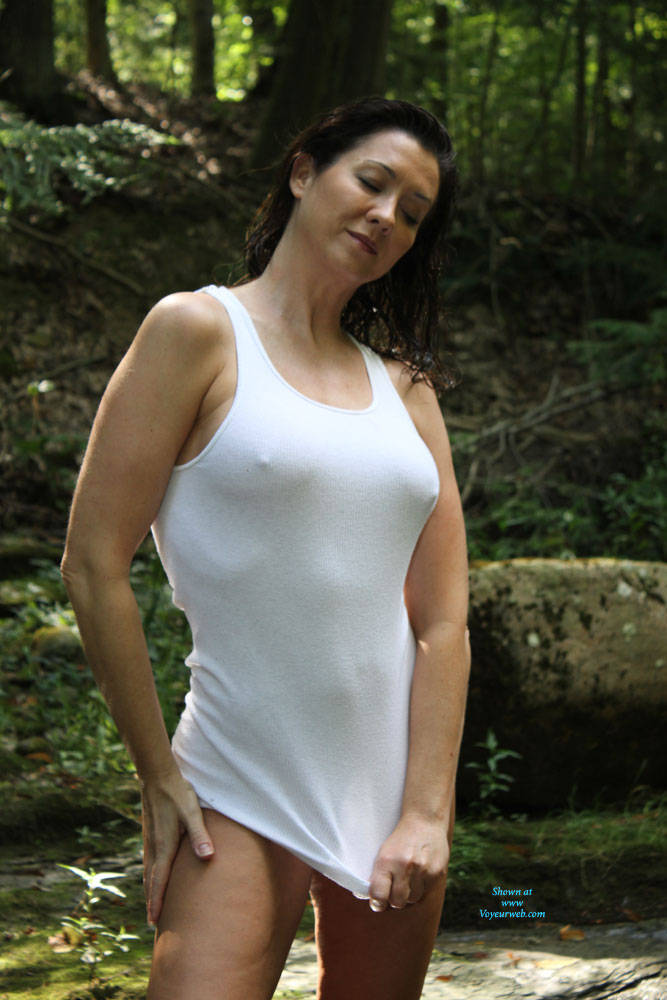 Pic #1 My Old Broad - Nude Wives, Big Tits, Brunette, Outdoors, Shaved, Nature, Amateur, Mature