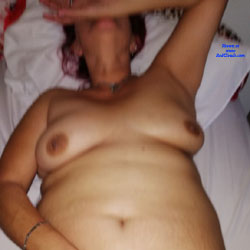 La Peliroja I - Nude Amateurs, Penetration Or Hardcore