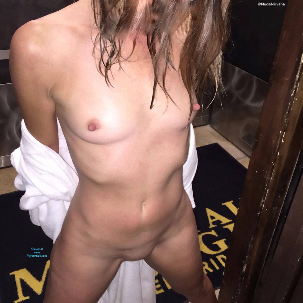 Pic #2 Nirvana Dare - Nude Girls, Public Exhibitionist, Flashing, Public Place, Shaved, Amateur, Brunette