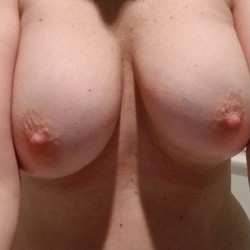 Medium tits of my wife - Jenni