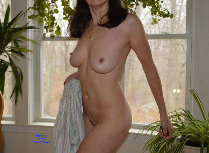 Pic #3 Zeena's Early Morning - Nude Wives, Big Tits, Bush Or Hairy, Amateur