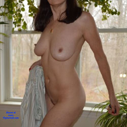 Zeena's Early Morning - Nude Wives, Big Tits, Bush Or Hairy, Amateur