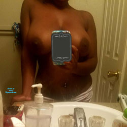 Selfie Fun - Nude Wives, Big Tits, Amateur