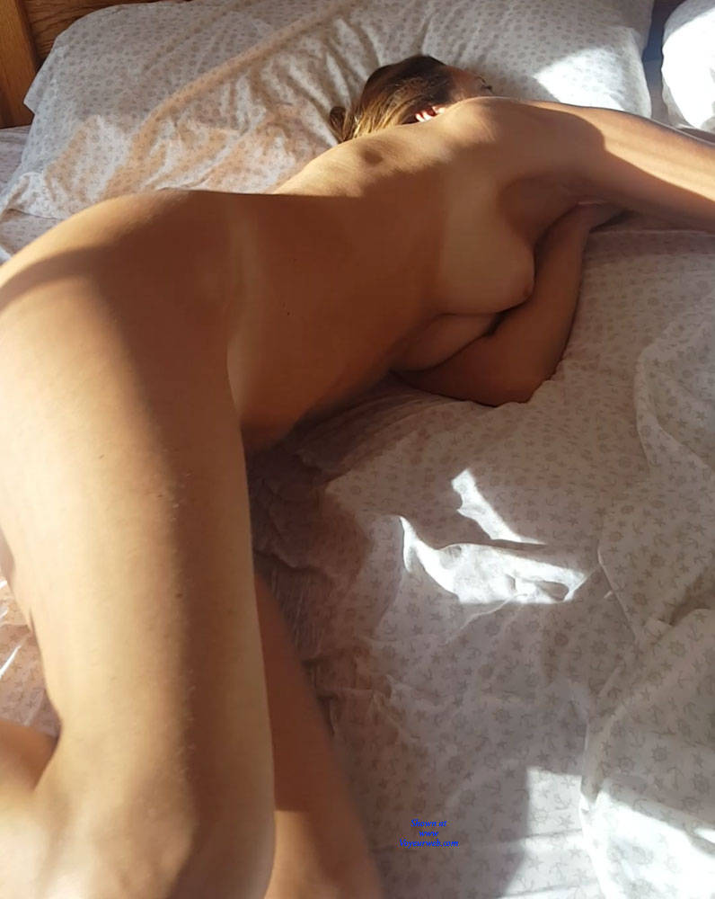Pic #1 Morning Light Pleasures - Nude Girls, Amateur
