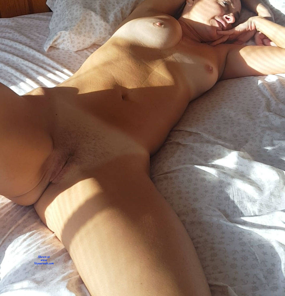 Pic #3 Morning Light Pleasures - Nude Girls, Amateur