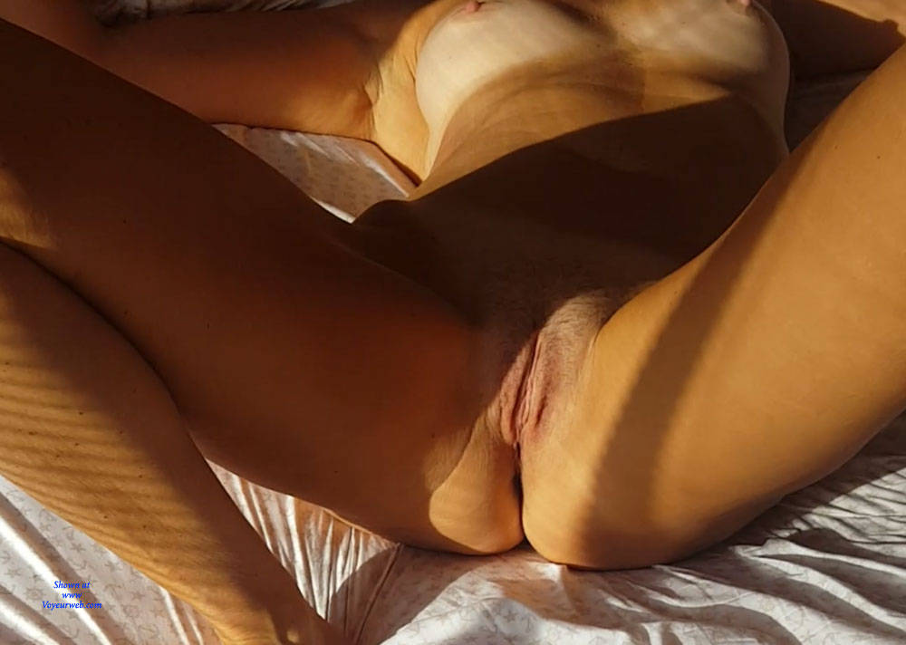 Pic #9 Morning Light Pleasures - Nude Girls, Amateur