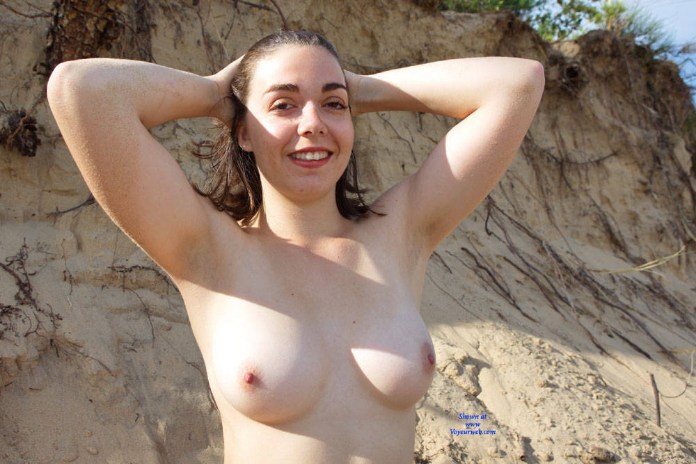 Pic #9 First Casting - Topless Girls, Big Tits, Brunette, Outdoors, Amateur, European And/or Ethnic