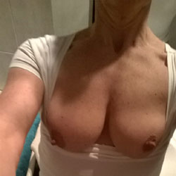 Pleasing 2 - Big Tits, Amateur