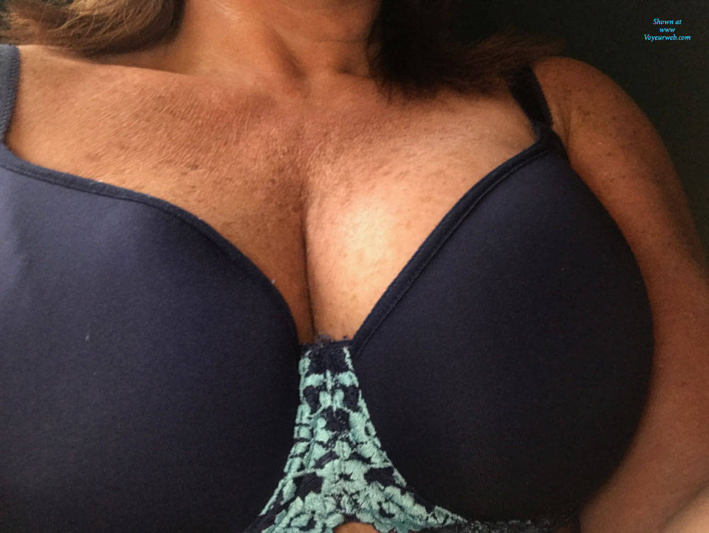Pic #1 Amy Photos Of Her Tits And Bras - Big Tits, Amateur