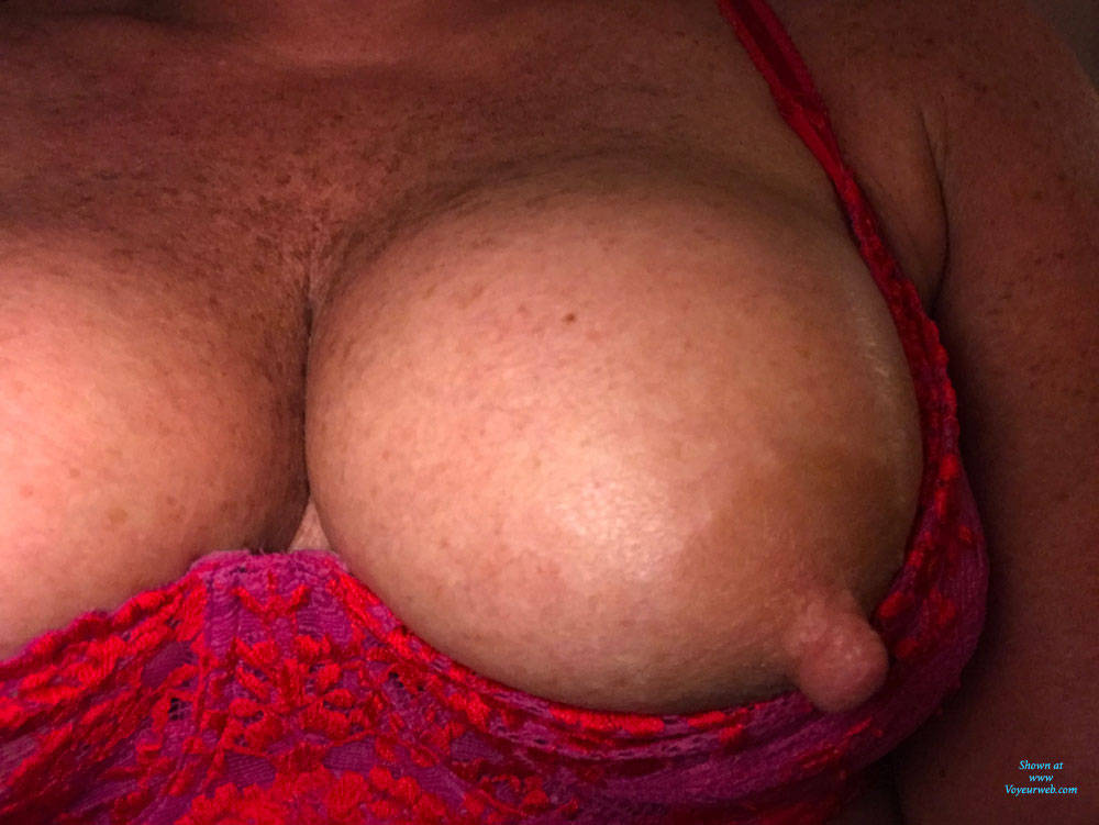 Pic #6 Amy Photos Of Her Tits And Bras - Big Tits, Amateur