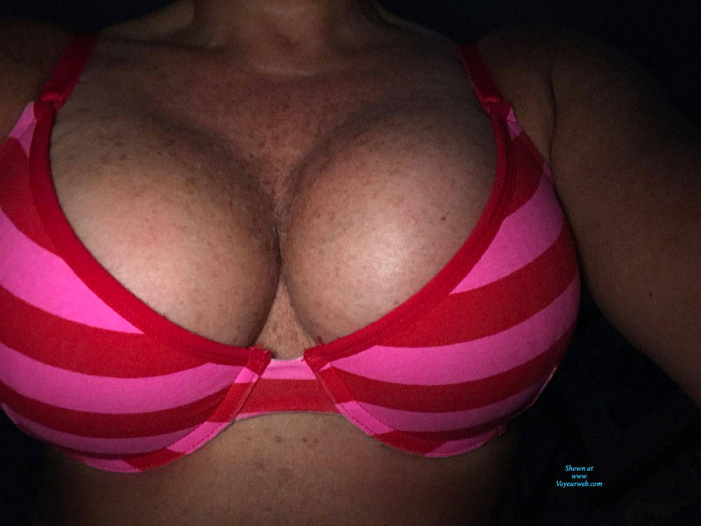 Pic #4 Amy Photos Of Her Tits And Bras - Big Tits, Amateur