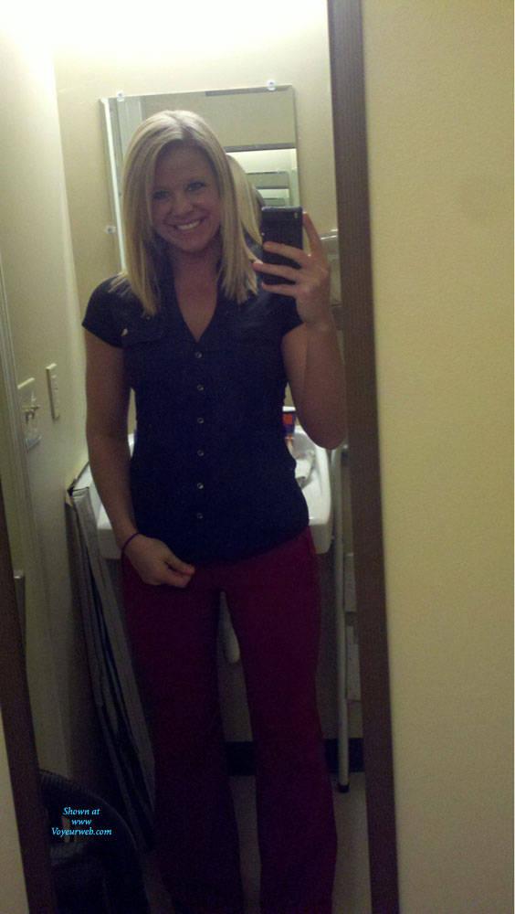 Pic #1 At Work - Blonde, Amateur