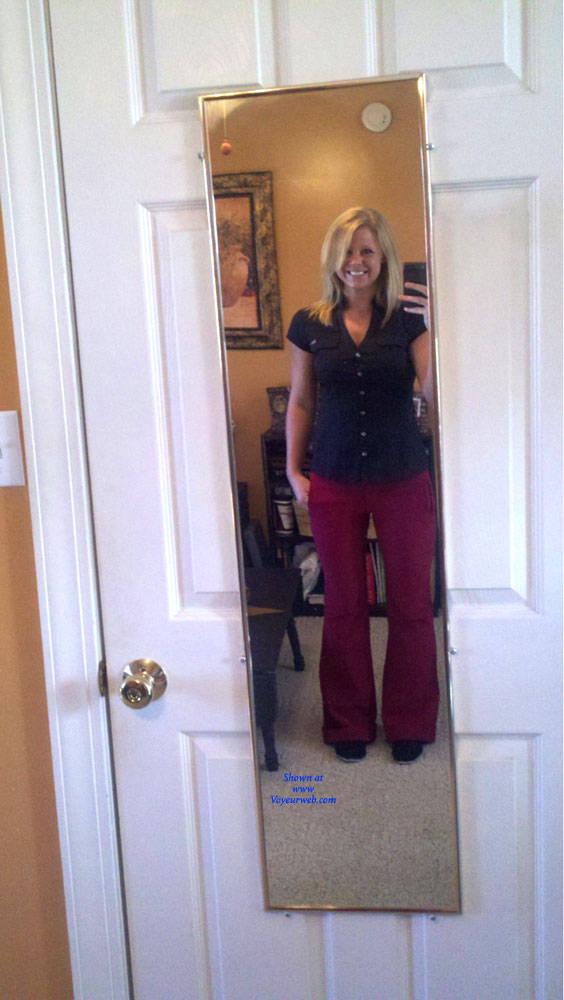 Pic #9 At Work - Blonde, Amateur