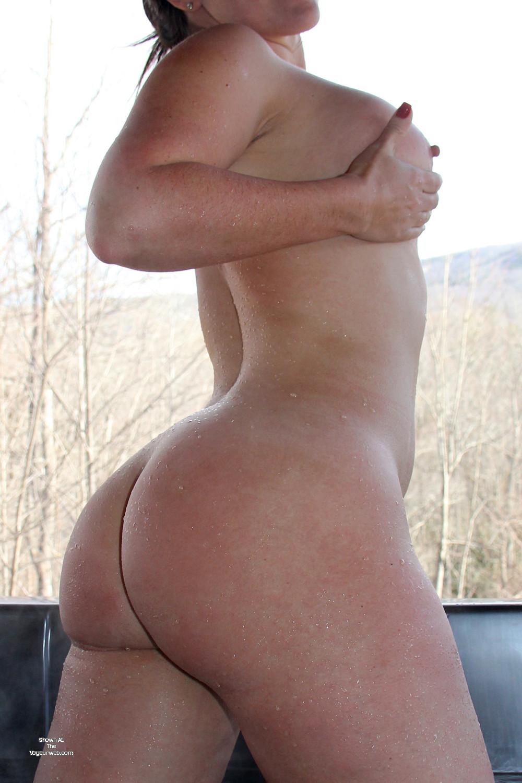 Pic #1 My girlfriend's ass - Eivii