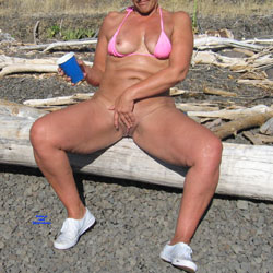 Sunny Afternoon Of Fun In The Sun - Big Tits, Outdoors, Shaved, Amateur