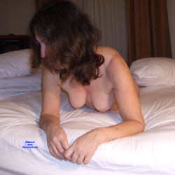 Holiday Inn Nudes - Nude Wives, Bush Or Hairy, Amateur