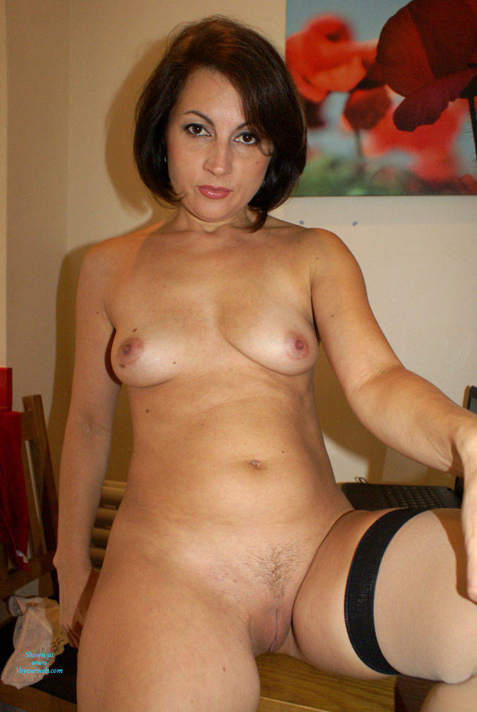 Pic #10 Anna (39) Secretary Outfit - Nude Girls, Amateur, Girls Stripping, Striptease