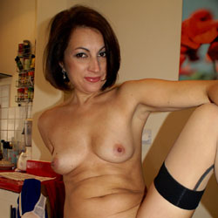 Anna (39) Secretary Outfit - Nude Girls, Brunette, Close-Ups, Amateur