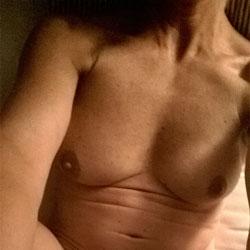 Pleasing 3 - Nude Girlfriends, Shaved, Amateur