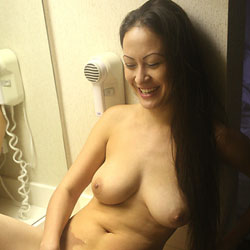 After Sex Cleaning - Nude Girls, Big Tits, Brunette, Shaved