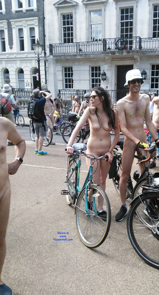 Pic #1 London Naked Bike Ride 2017 - Nude Girls, Brunette, Outdoors, Public Place