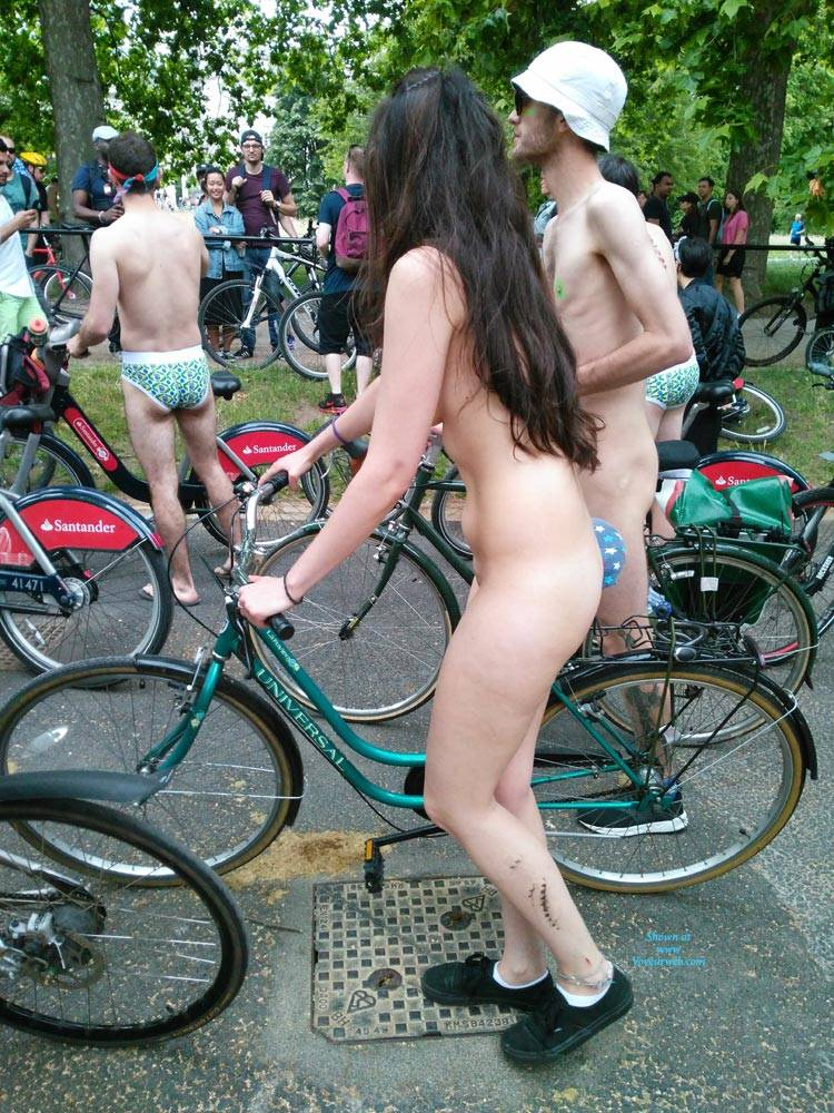 Pic #7 London Naked Bike Ride 2017 - Nude Girls, Brunette, Outdoors, Public Place