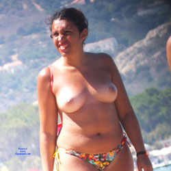Topless - Topless Girls, Beach, Big Tits, Brunette, Outdoors, Beach Voyeur