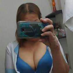 La Colombiana Exhibicionista I - Big Tits, Shaved, Amateur