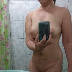 La Colombiana Exhibicionista II - Big Tits, Amateur