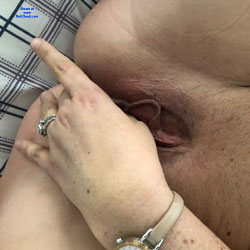 Fingering My Hot Wet Pussy - Shaved, Close-Ups