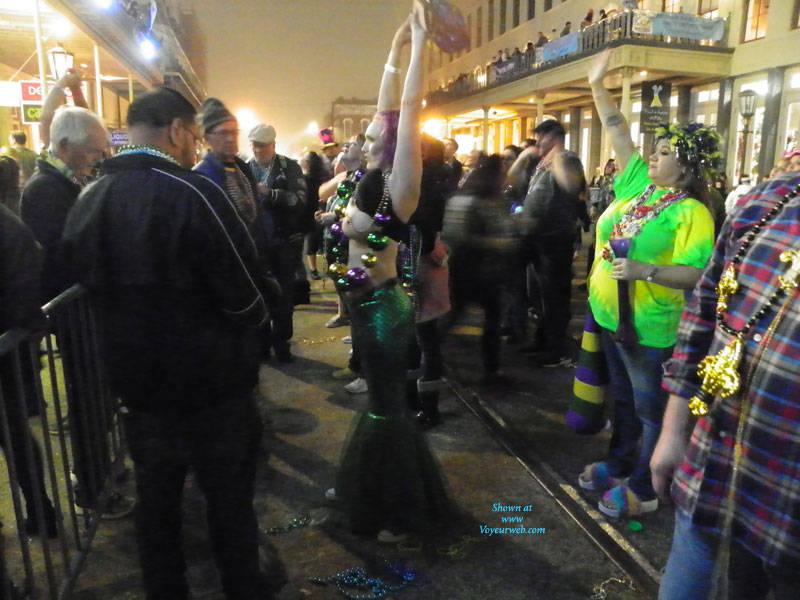 Pic #6 Galveston, TX Mardi Gras - Big Tits, Outdoors, Public Place