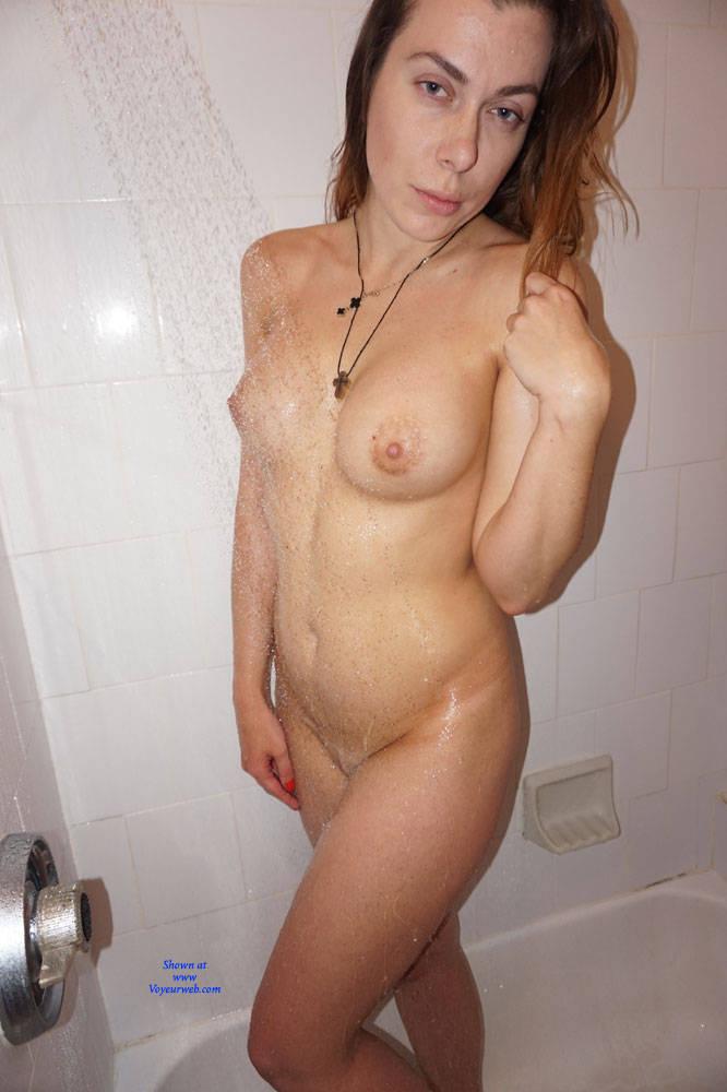 Pic #1 Amateur Russian Posing - Nude Girls, Big Tits, Amateur