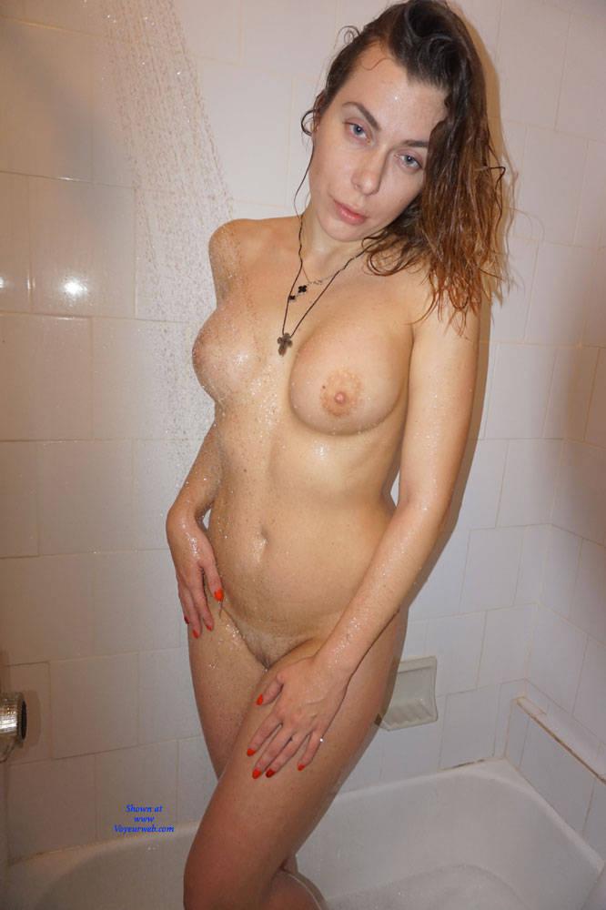 Pic #6 Amateur Russian Posing - Nude Girls, Big Tits, Amateur