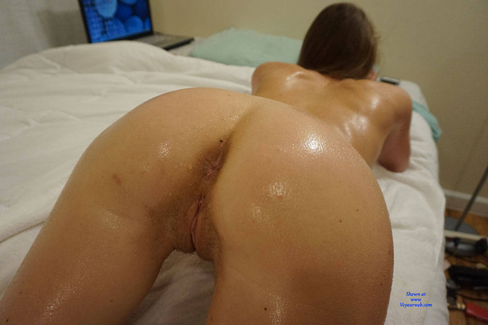 Pic #7 Amateur Anika Posing For First Time - Nude Girls, Amateur, Firm Ass