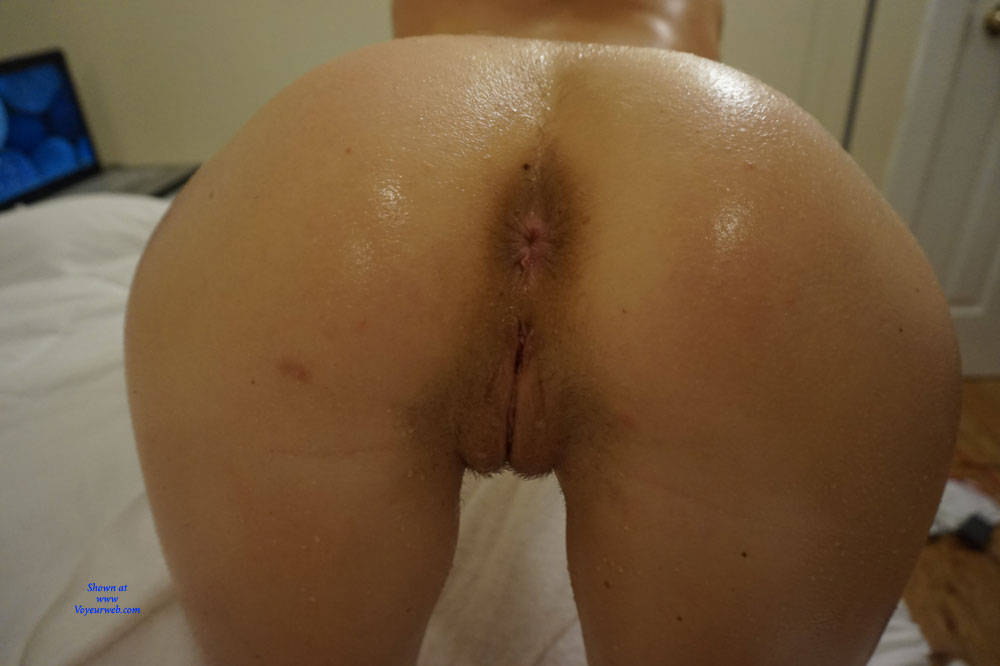 Pic #10 Amateur Anika Posing For First Time - Nude Girls, Amateur, Firm Ass