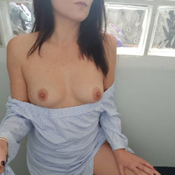 Spreading My Legs For You!  - Pantieless Girls, Amateur