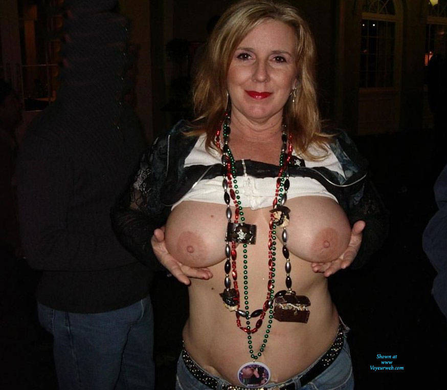 Pic #10 Mardi Gras - Big Tits, Public Exhibitionist, Flashing, Outdoors, Public Place