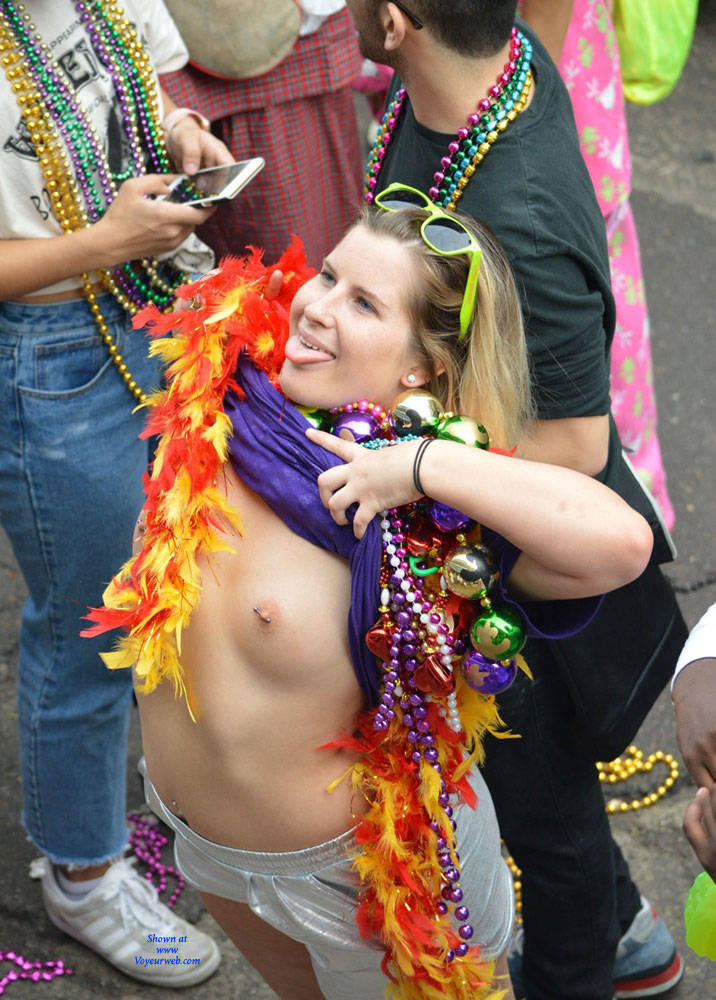 Pic #5 Mardi Gras - Big Tits, Public Exhibitionist, Flashing, Outdoors, Public Place